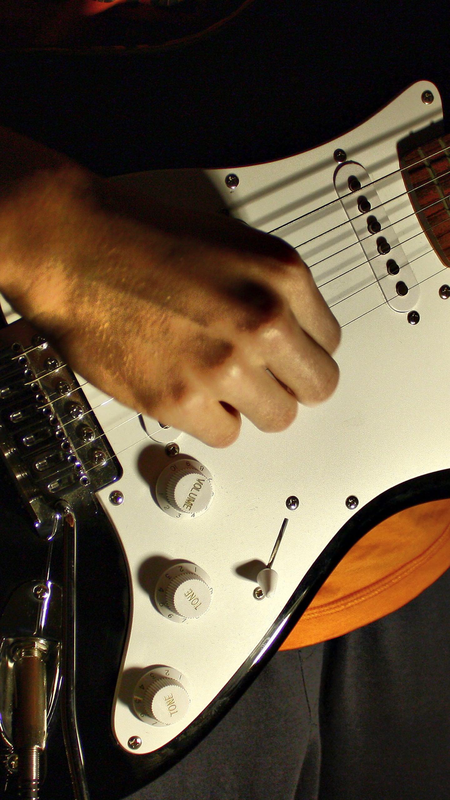 ギターとギタリスト黒 Wallpaper Sc スマホ壁紙