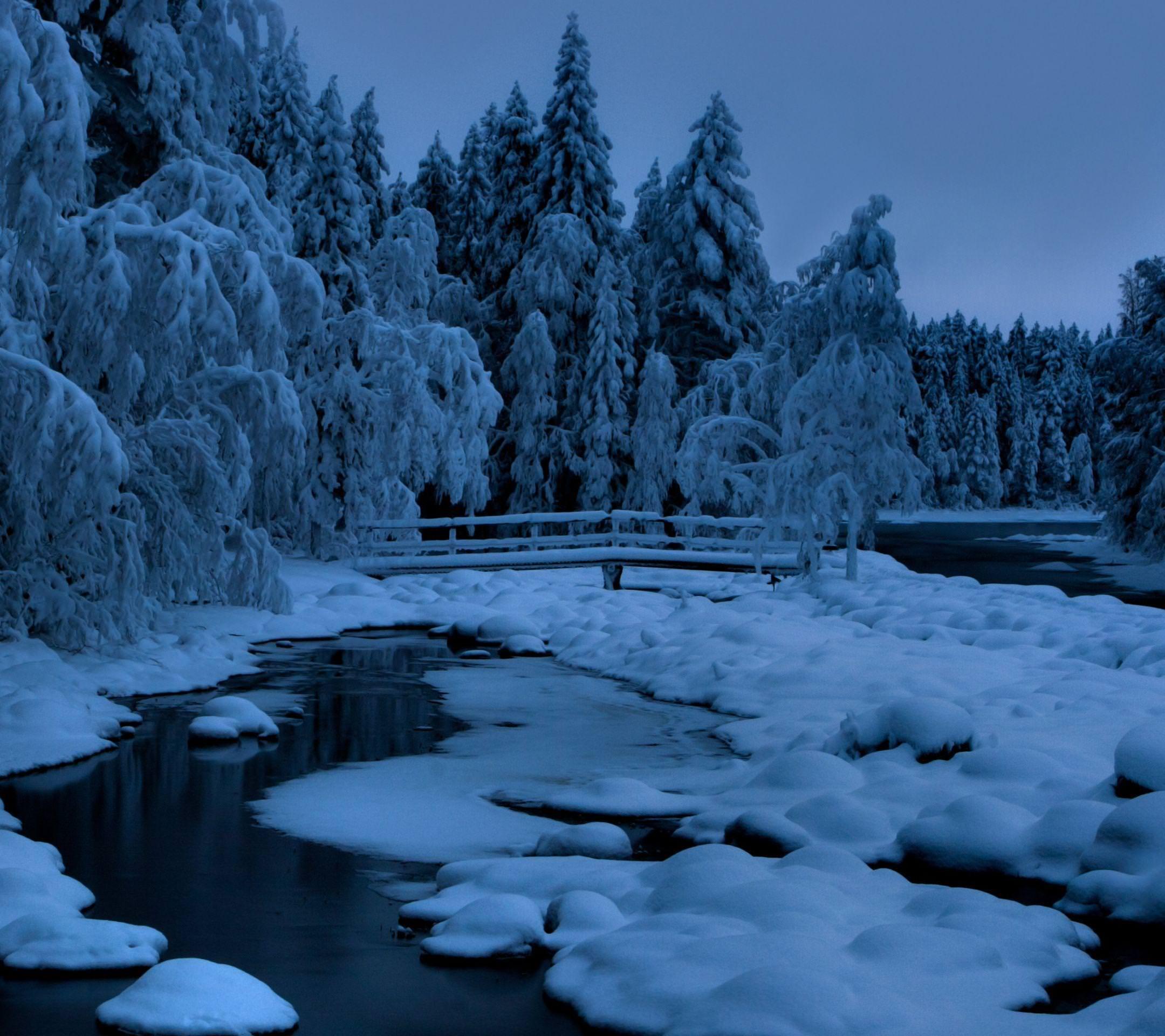 Pemandangan Salju Biru Wallpapersc Android