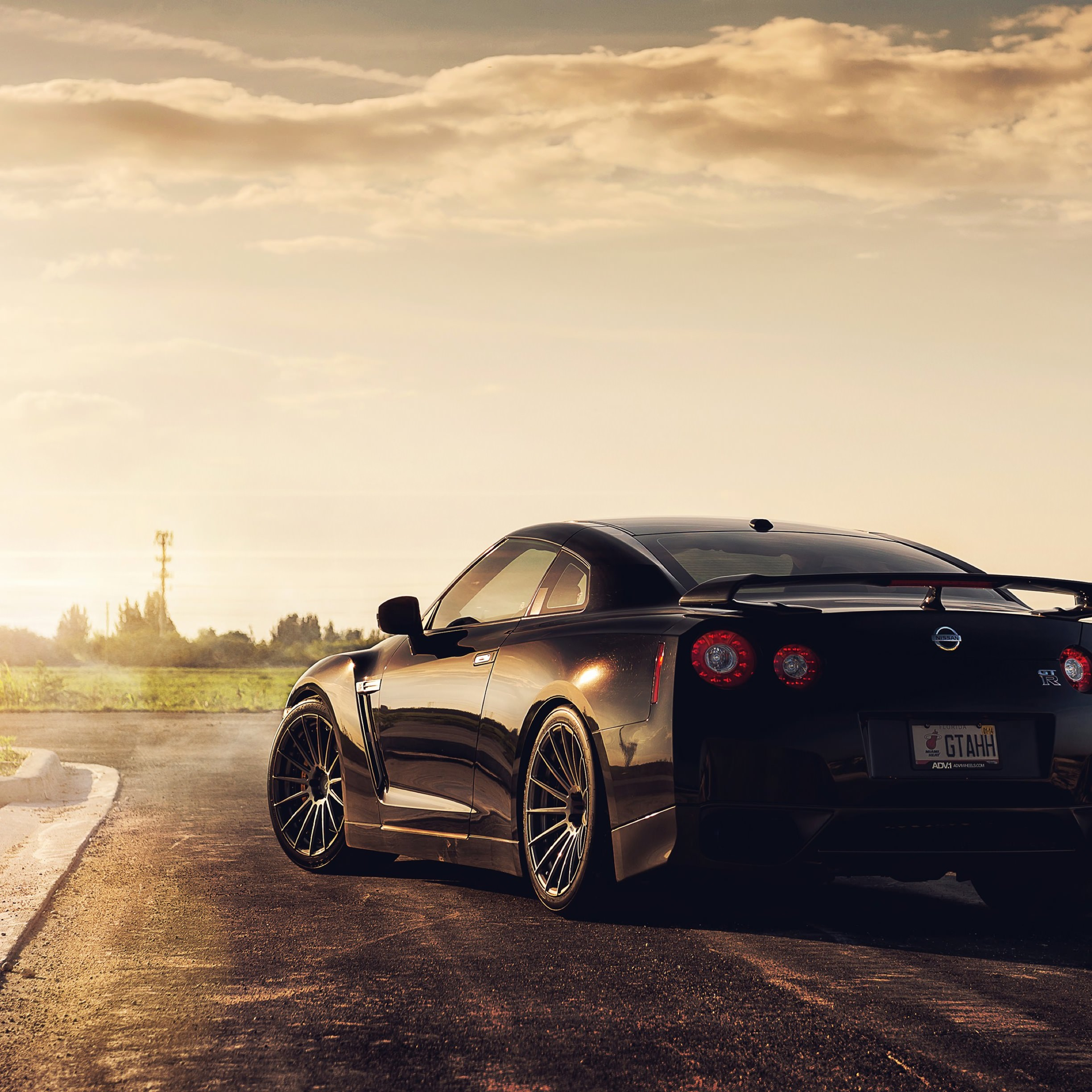 Nissan Gtr Ipad Wallpaper: 乗り物車黒クール