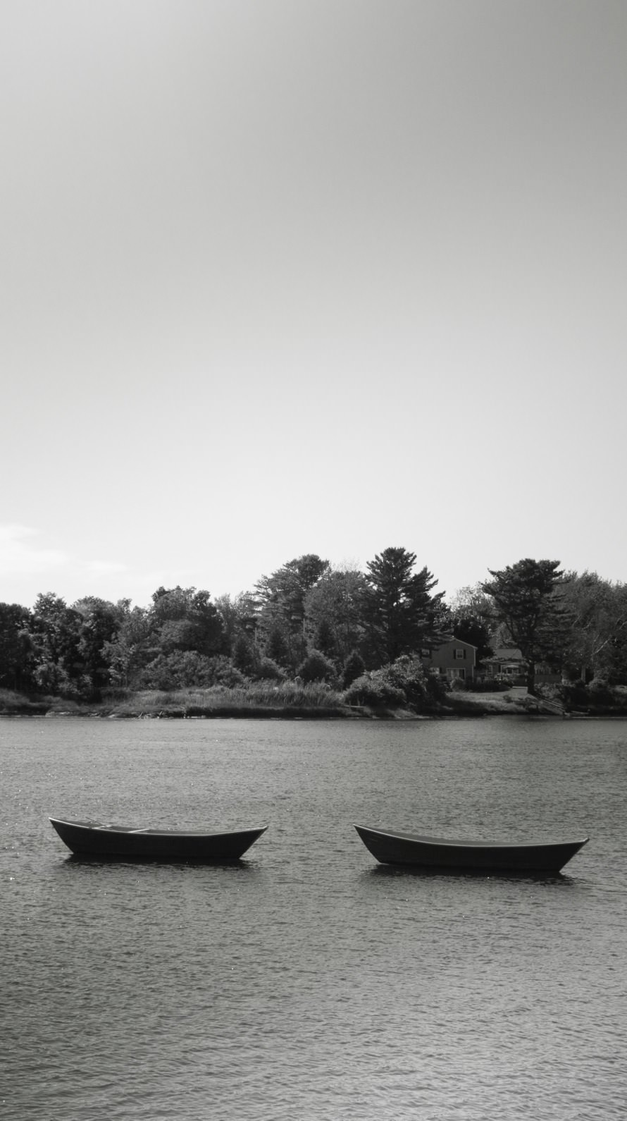 Black And White Mountain Landscape Boat Wallpaper Sc Iphone6s